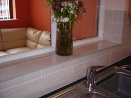 Polished Porcelain in Brick-Bond Style